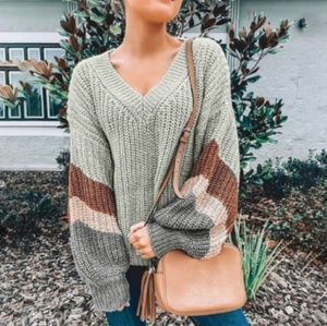 ⭐JUST ARR7VED!⭐ Sage knit sweater